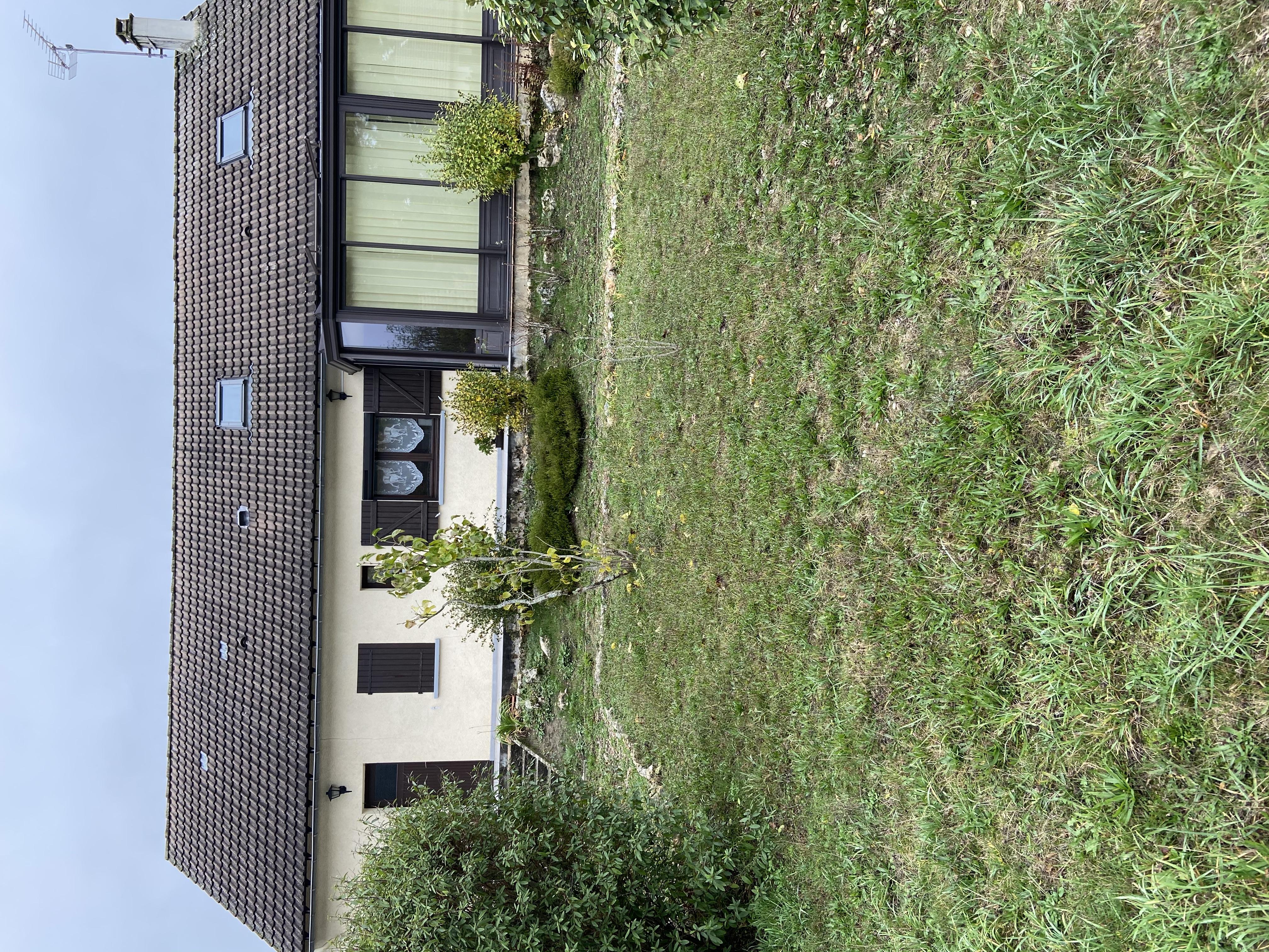 Maison de 110  m2 - Saint-Fargeau (89170)